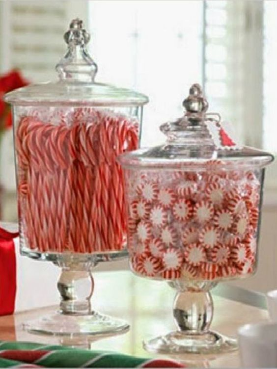 Color Schemes - Top 5 Tips for Holiday Decorating - Details Full Service Interiors